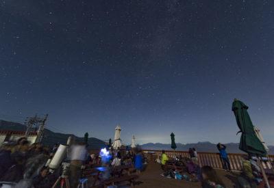 うさぎ平テラスと流星群